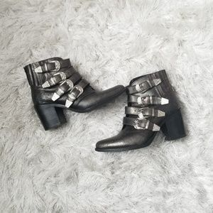 Steve Madden Praire Booties size 6